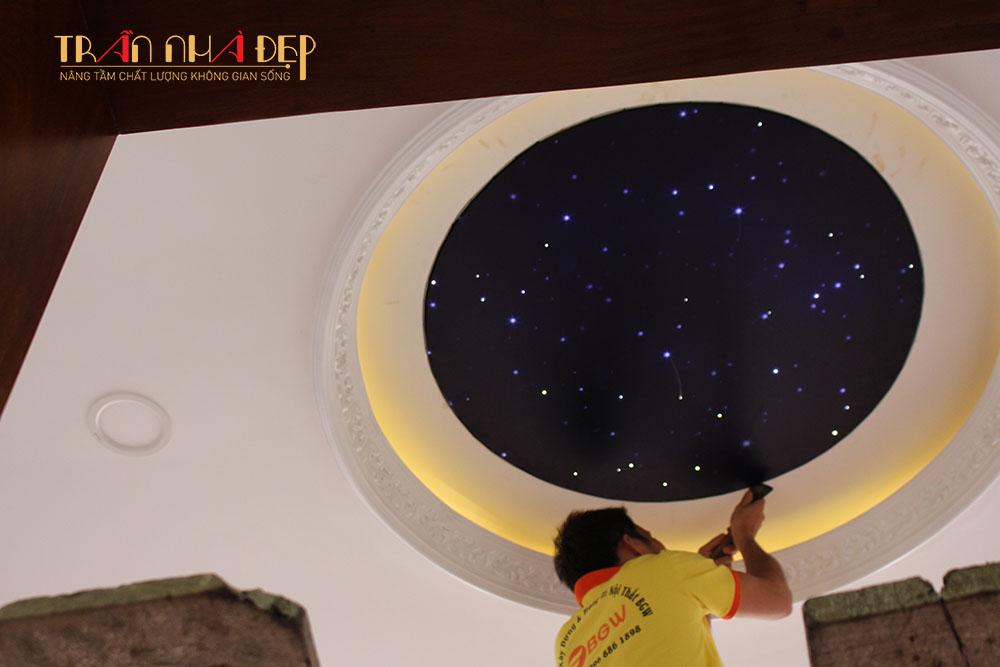 trần sao đèn sợi quang nhân tạo