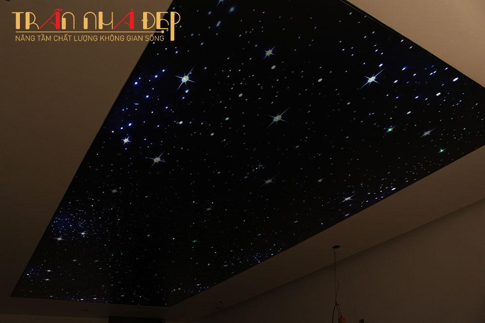 trần sao đèn sợi quang